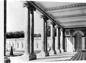 View of the peristyle and the left wing of the Grand Trianon 1687 by Jules Hardouin Mansart