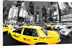 Rush Hour Times Square (Yellow Cabs) by Maxi