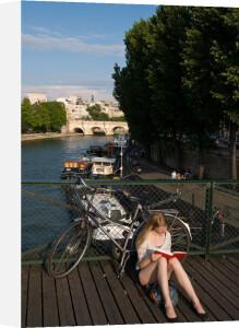 Pont des Arts, Paris, France by Sergio Pitamitz