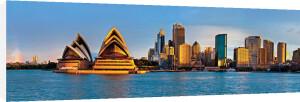 Circular Quay, Sydney by Oskar Wells