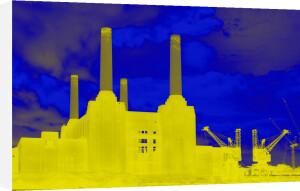 Battersea VI by Arno