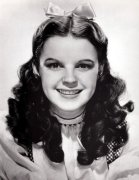 Judy Garland (The Wizard of Oz)