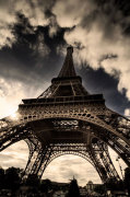 The Eiffel Tower (vertical) by Verlijsdonk