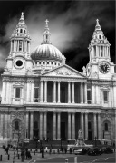 St Pauls Front (B&W) by Panorama London