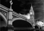 Under Westminster Bridge by Panorama London