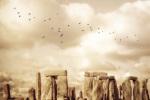 Stonehenge by Keri Bevan