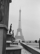 Snow scene - Place du Trocadero Paris 1963