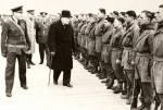 Winston Churchill inspects airborne troops 1941