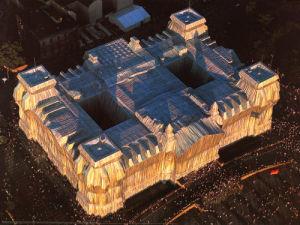 Reichstag West- u. Nordfassade aus der Luft by Javacheff Christo