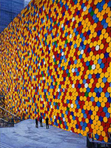 The Wall Nr. 6 (Oberhausen) by Javacheff Christo