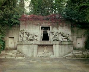 Monument to the Dead 1895 by Albert Bartholome