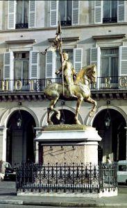 Equestrian statue of Joan of Arc by Emmanuel Fremiet