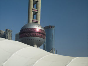 Oriental Pearl Tower, Shanghai by Assaf Frank