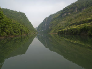 The peaceful Yangtze River, near Yichang, Sichuan province by Assaf Frank