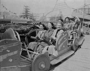 Festival of Britain, Battersea 1951 by Mirrorpix
