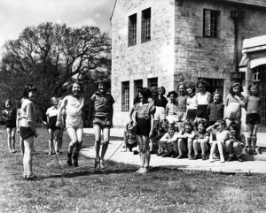 Girls skipping, 1950s by Mirrorpix