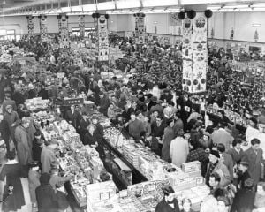 Christmas shoppers at Woolworths, Coventry 1957 by Mirrorpix