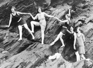 Swimwear models, Cornwall 1920s by Mirrorpix
