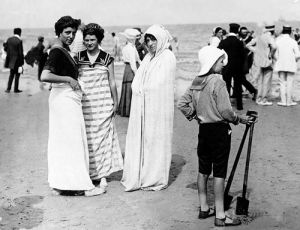 Beach fashions, France 1911 by Mirrorpix