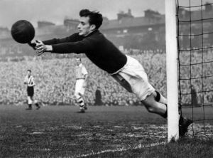 Arsenal goalkeeper, 1949 by Mirrorpix