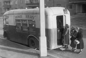 Mobile grocers shop, Glasgow 1955 by Mirrorpix