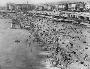 Brighton beach, 1934 by Mirrorpix