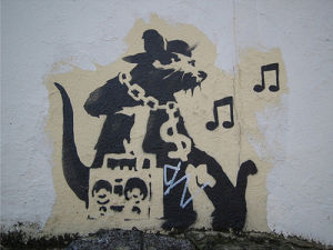 Ghetto Blaster Rat by Street Art