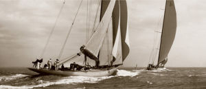 Astra & Shamrock V, 1934 by Beken of Cowes
