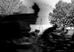 Speed cycle, London Eye by Niki Gorick