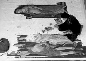 Pavement painter, South Bank by Niki Gorick