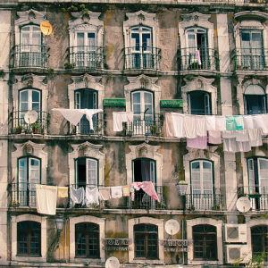 Residencial Vardanas by Scott Dunwoodie