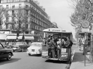 Paris commuters by Anonymous