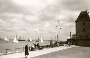 Cowes Regatta, 1938 by Anonymous