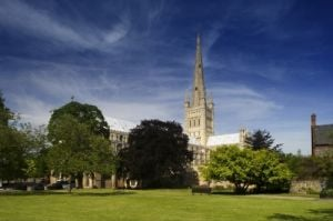 Norwich Cathedral by Richard Osbourne