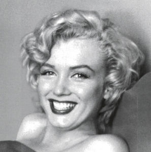 Marilyn Monroe - Smile by Celebrity Image