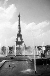Eiffel Tower, Paris by Mirrorpix