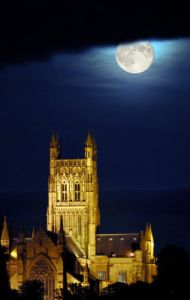 Harvest Moon over Worcester Cathedral. 2006. by Mirrorpix