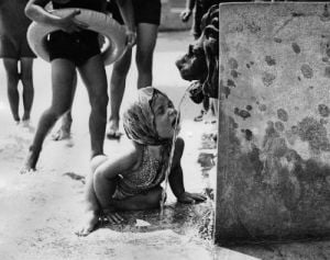 Finchley Swimming Pool by Mirrorpix