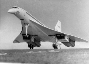 Maiden Flight of Concorde 002 by Mirrorpix