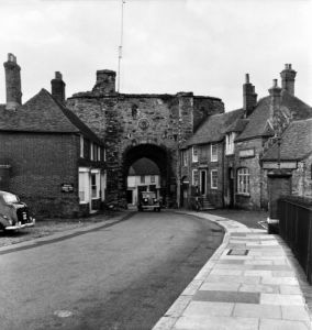 Sussex town of Rye, 1953 by Mirrorpix