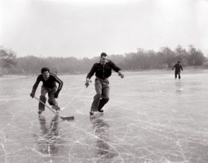 Ice hockey,1950 by Mirrorpix