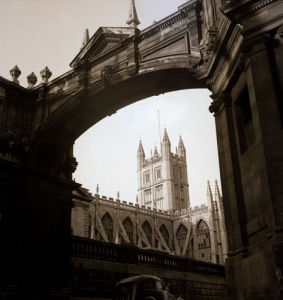 Bath Abbey by Mirrorpix
