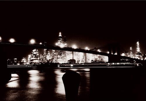 Manhattan Gateway by Anonymous