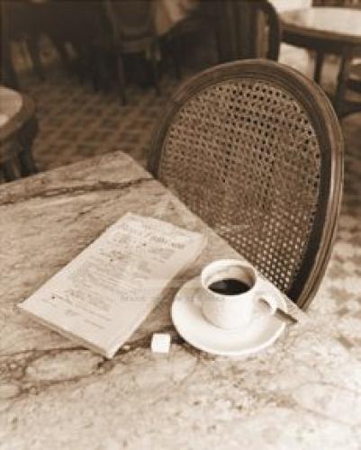 Cafe Noir, Paris by Alan Klug