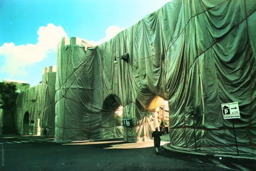 Wrapped Roman Wall Nr. 3 (1974) by Javacheff Christo