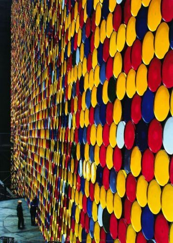 The Wall Nr. 2 (Oberhausen) by Javacheff Christo