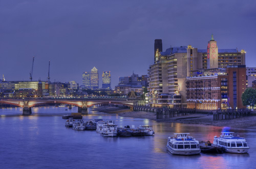Southbank at dusk by Christopher Holt