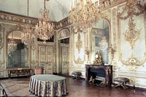Interior of the Salle du Conseil 1701 by French School