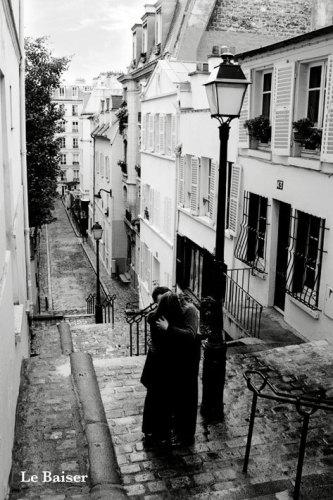 La Baiser (The Kiss) by Maxi