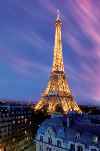 Eiffel Tower at Dusk by Maxi